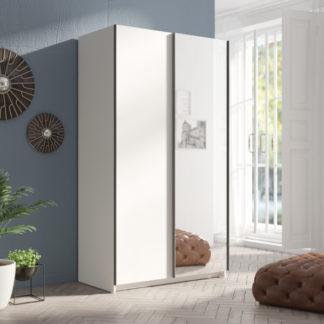 Moderní bílá šatní skříň Tithali 120 cm